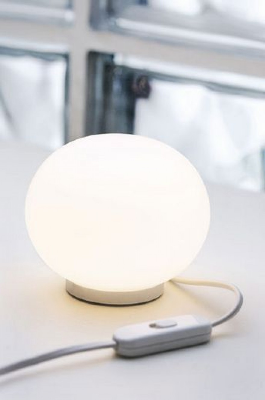 Glo-Ball Mini T bordlampe flos