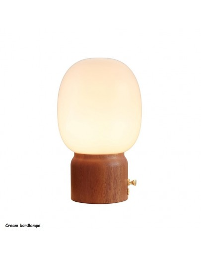 Cream bordlampe fra HaloDesign